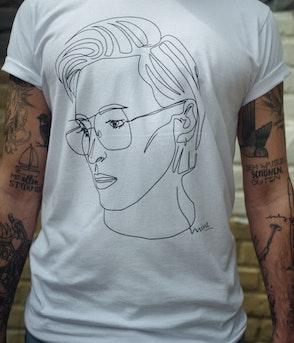 T-Shirt - MINE Scribble